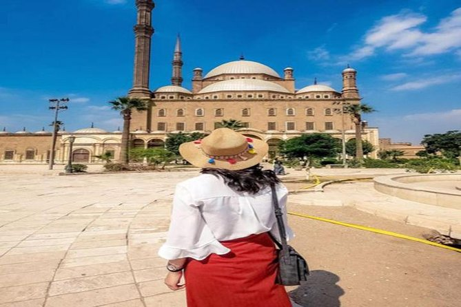 Cairo Layover Tours to Giza Pyramids, the Egyptian Museum and the Citadel photo 1