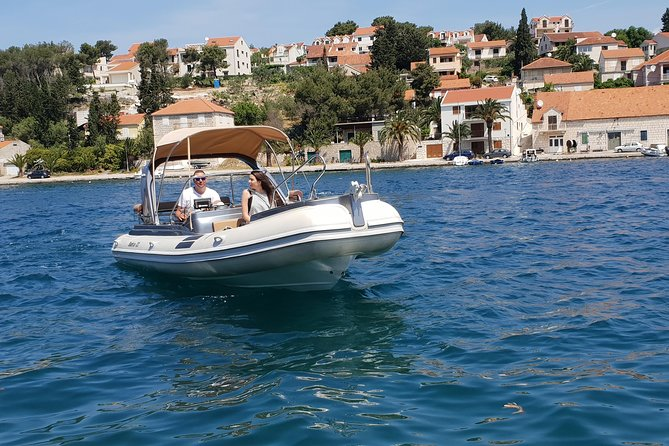 Discover hidden beauties on private boat trip from Split and Brac photo 7