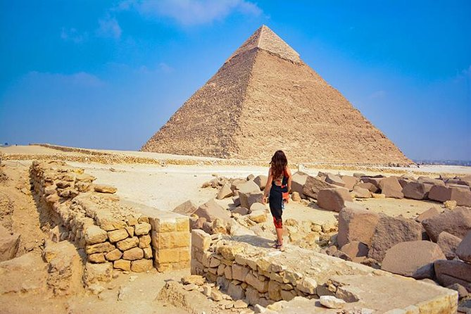 5 hours Experience to Giza pyramids sphinx plus camel cruise lunch on Nile photo 15
