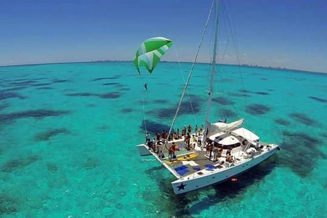 DAY IN CARIBBEAN OCEAN TO Isla Mujeres