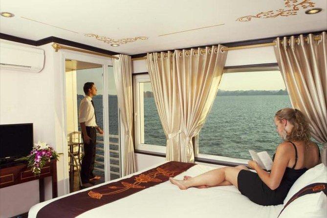 Bai Tu Long bay Luxury Cruise 2D/1N: Less touristy places, Kayaking, full meals
