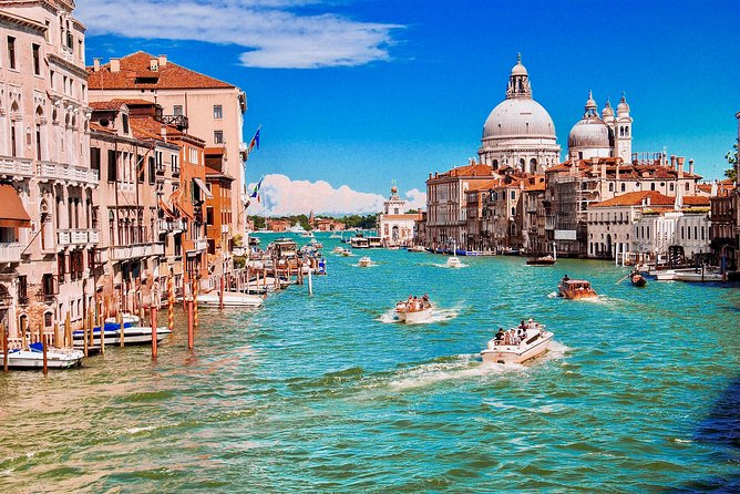 Venice Grand Canal Small Group 1 Hour Boat Tour