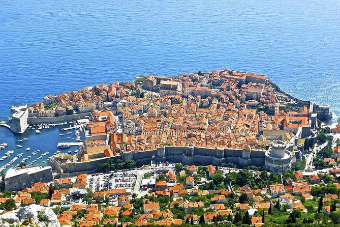 From Split Airport to Dubrovnik (round trip, private transfer)