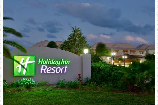 Airport Transfer to Holiday Inn Resort (Round-trip)