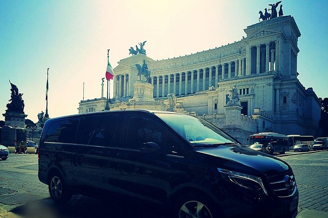 Full-day luxury excursion from the port of Civitavecchia with Mercedes