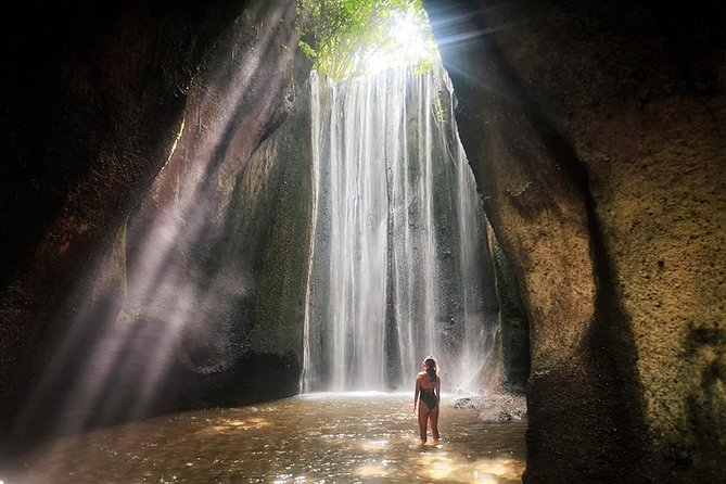 Private Tour: Best Ubud Waterfall with Tukad Cepung and Tibumana Waterfall