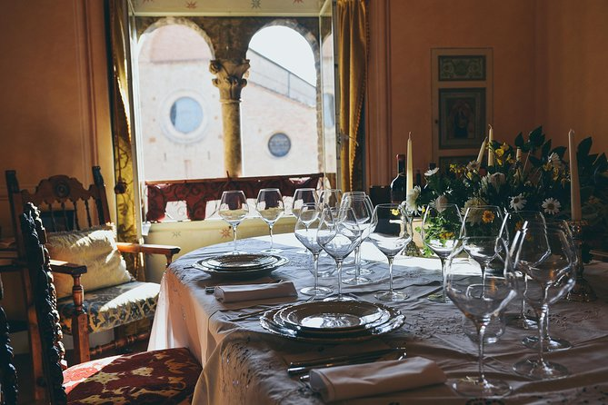 Italy Unesco Treasure: Exclusive Dinner in Chigi Tower