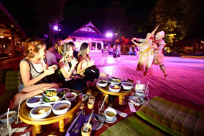 Traditional Khantoke Dinner & Cultural Dance Show Tour from Chiang Mai
