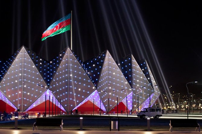 Baku Lights: the Night Tour illuminated by Baku lights
