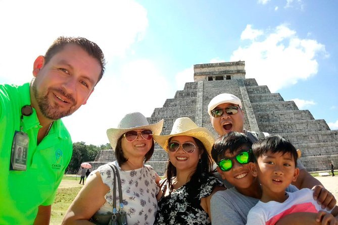 Private Tour: Chichen Itza Arqueological Zone from Cancun