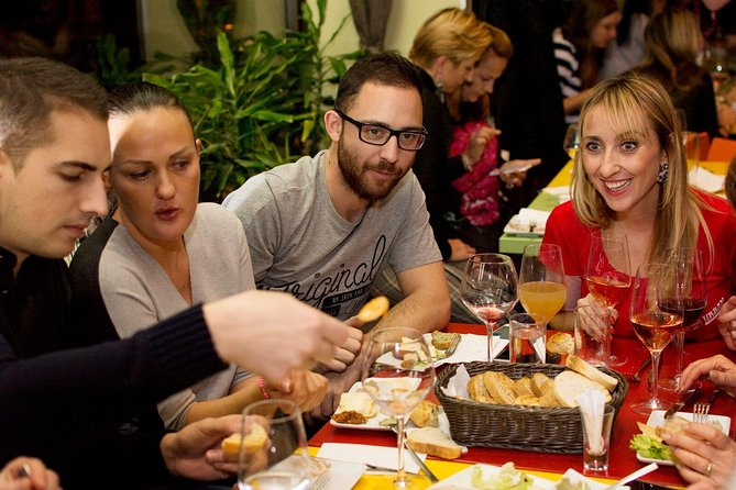Budapest Wine Culture Tour Including Hungarian Snacks and City Sightseeing