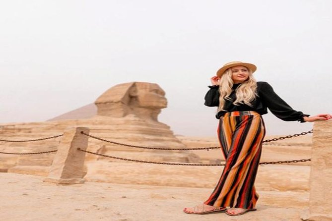 Short Layover Tour to Giza pyramids and sphinx incl camel ride lunch Entrance fees