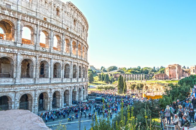 Private Colosseum, Vatican and Basilica with Hotel Pickup and Transfers