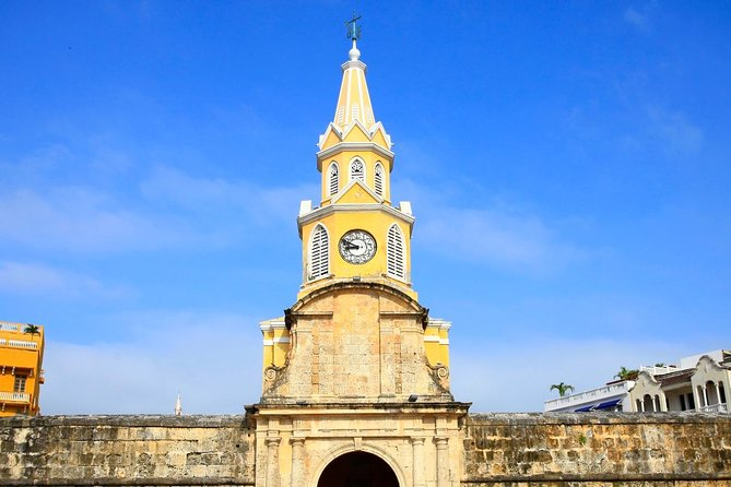 Private Transfer From Cartagena Airport to Hotel-Airbnb