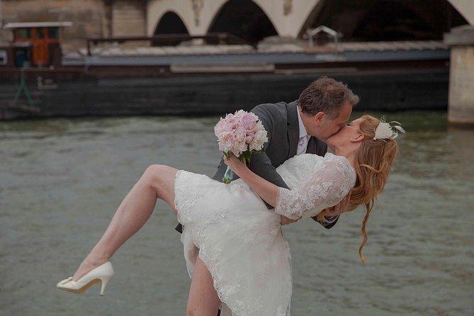 Wedding Ceremony Vow.Paris Eiffel Tower Wedding Vows Renewal Ceremony With Photo Shoot