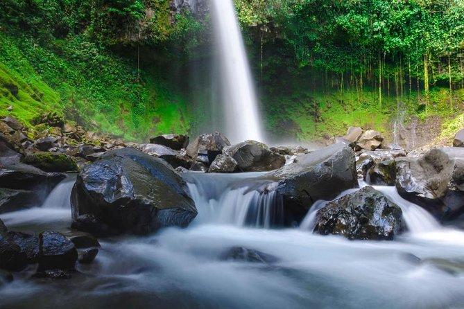 La Fortuna Waterfall Guide hike