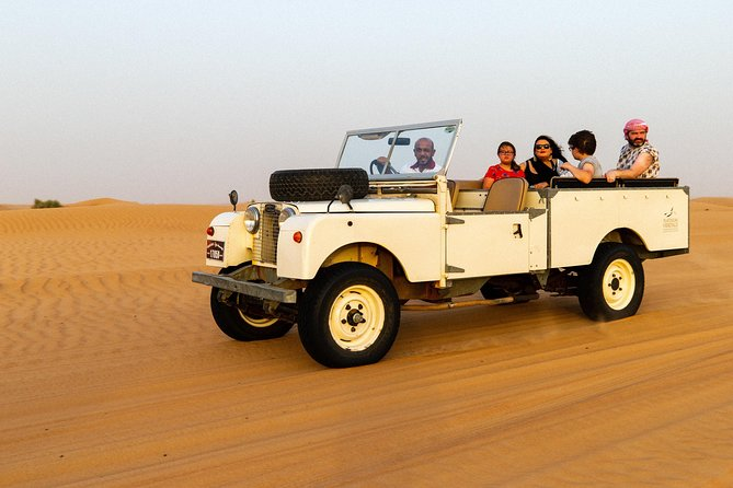 Dubai Heritage Land Rover Desert Safari with Traditional Dinner & Entertainment