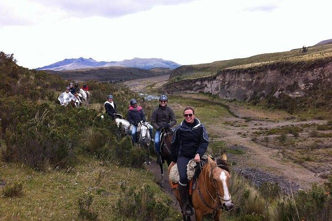 Private Mitad del Mundo Tour & 3 Hour Horseback Ride in Pululahua Crater photo 4