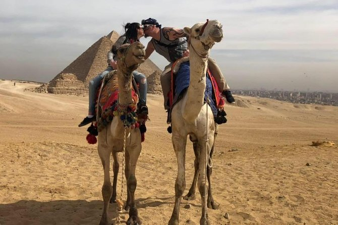 Full day tour to Giza Pyramids& Sphinx, Sakkara and Memphis