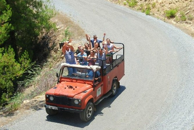 Jeep Safari + Båttur i Taurusbergen från Belek