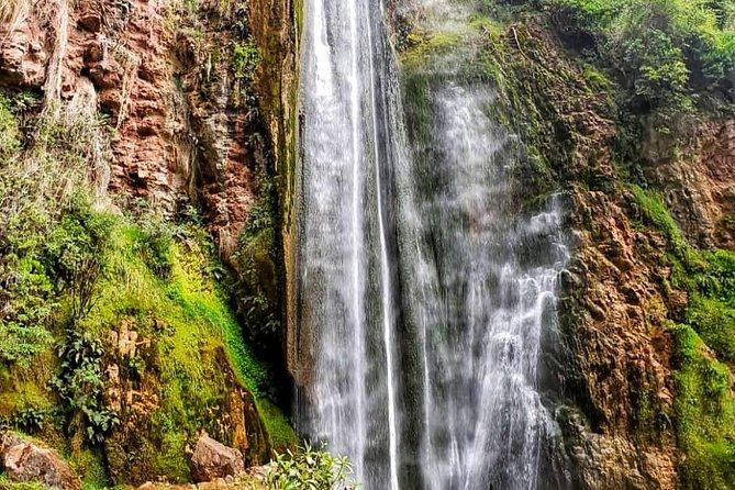 Private Perolniyoc waterfall and Raqaypata Trek from cusco
