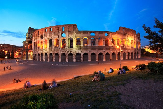 Rome by Night Tour Including Dinner photo 16