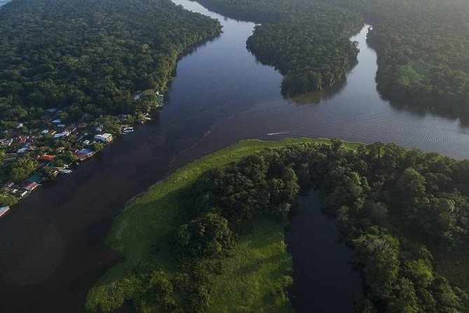 THE HIGHLIGHTS OF TORTUGUERO - 2 tour package