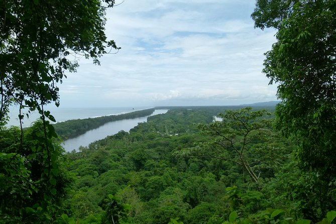 THE BEST OF TORTUGUERO - 3 tour package