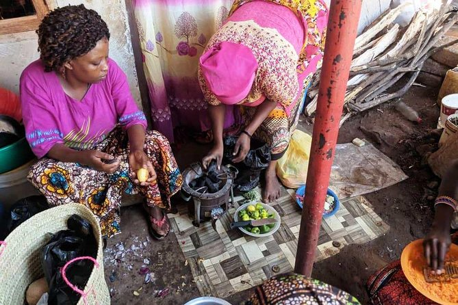 Private Market Tour and Tanzanian Cooking Class in Moshi