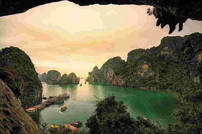 Ha Long Bay Overnight Cruise with Kayaking, Tai Chi, Swimming,...