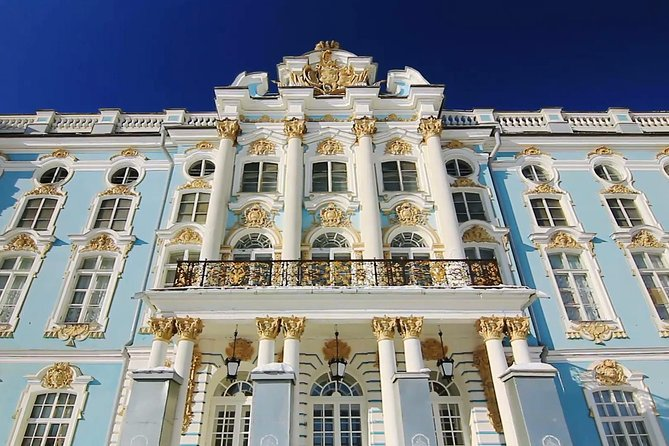Best museums of St Petersburg in 1 Day - Hermitage and Pushkin