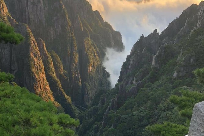 All inclusive Huangshan summit 1 day private tour-No shopping