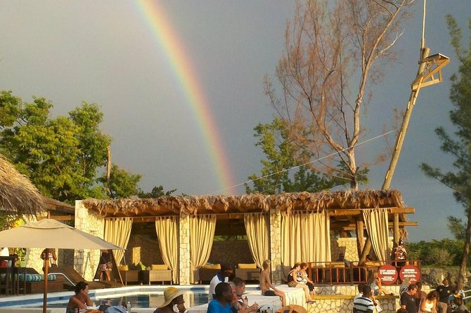 Ricks Cafe and Negril 7 Mile Beach Private Tour (LOW PRICE)
