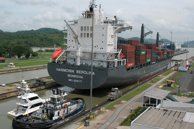 Panama City Tour (panama Canal, Old Town And Causeway)