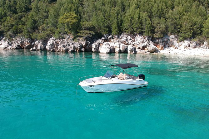 Private Excursions with 2019 Quicksilver 675 Speedboat