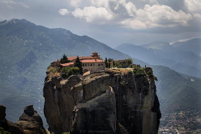 Meteora, Monasteries And Battle of Thermopylae Private Tour From Athens