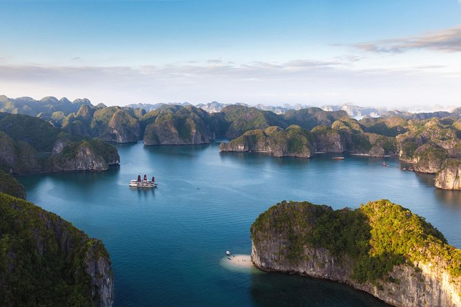 Hanoi - Hoa Lu Ancient & Tam Coc - Halong Bay package tour 6days 5nights