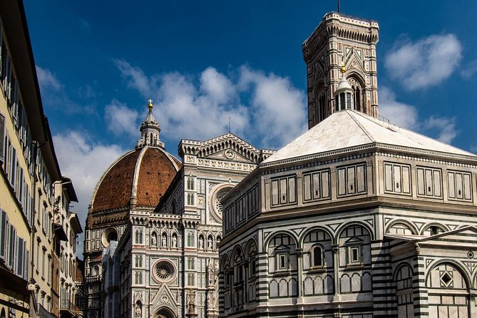 Small group walking Guided tour of Florence highlights photo 8