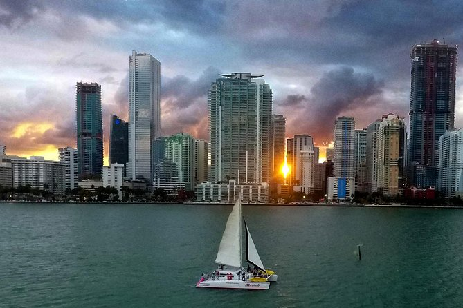 Miami Sunset Cruise With Complimentary Beer Wine & Hors D'oeuvre