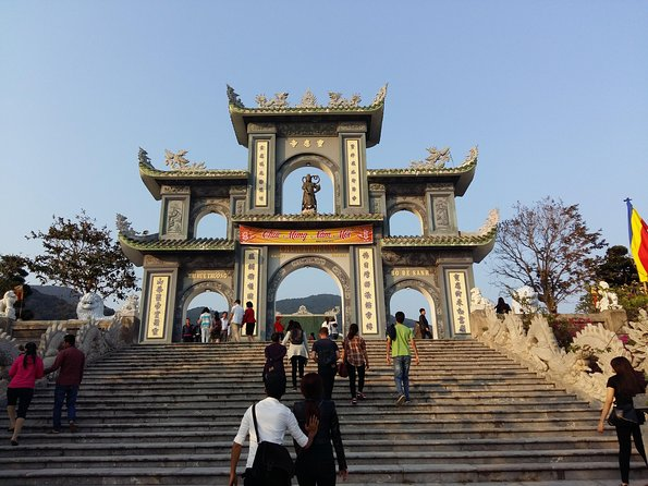 DA NANG PRIVATE TOUR with Marble mountains and Linh Ung Pagoda