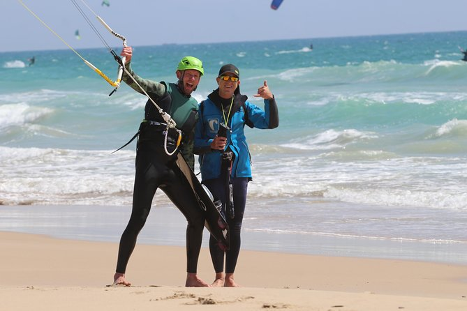 Individual, semiprivate and group kitesurf lesson photo 6