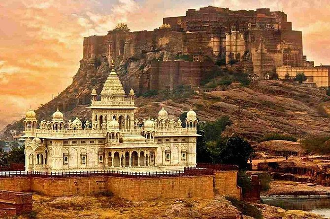 Guided Jodhpur City Tour With Drop Off at Udaipur