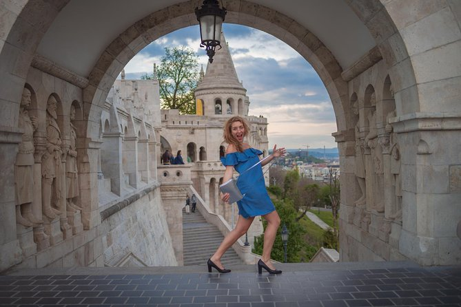 Professional Photography in Budapest at Sunset and Night (2hrs) photo 11