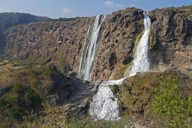 Mountain Safari private tour - Darbat valley, Samhan mountains,sinkholes,baobabs