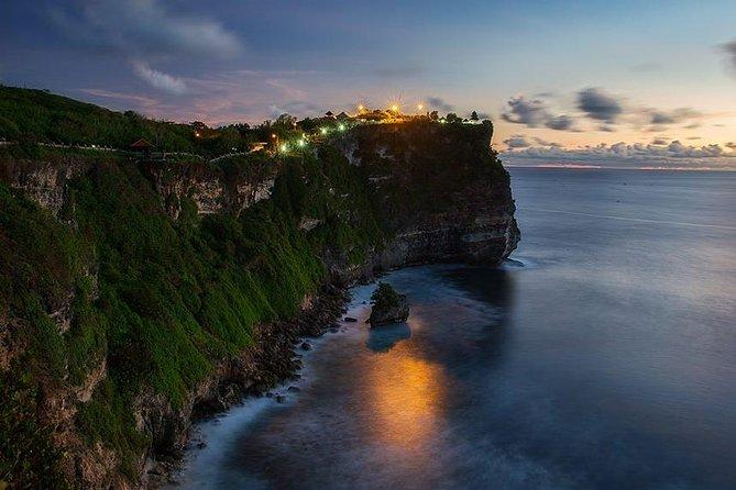 Private Tour in Bali: Beaches, Uluwatu Temple Sunset & Jimbaran Bay Dinner