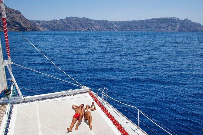 Santorini Red Cruise with Catamaran