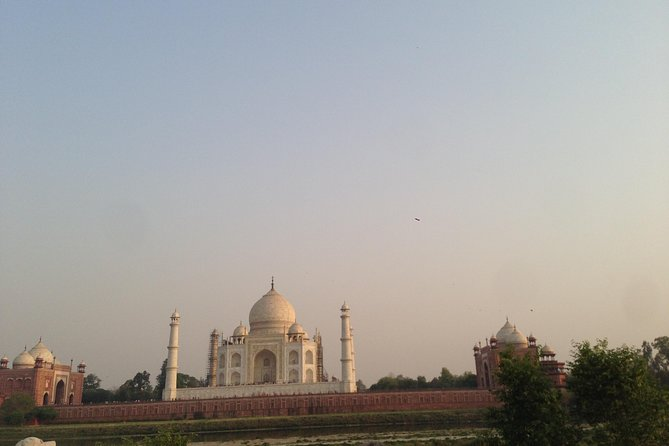 Private Tajmahal and Agra Fort Day Tour by Rail From Delhi All Inclusive photo 3