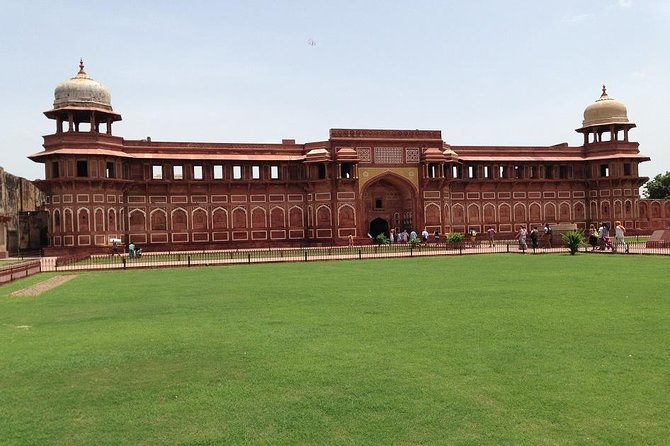 Private Tajmahal and Agra Fort Day Tour by Rail From Delhi All Inclusive photo 9