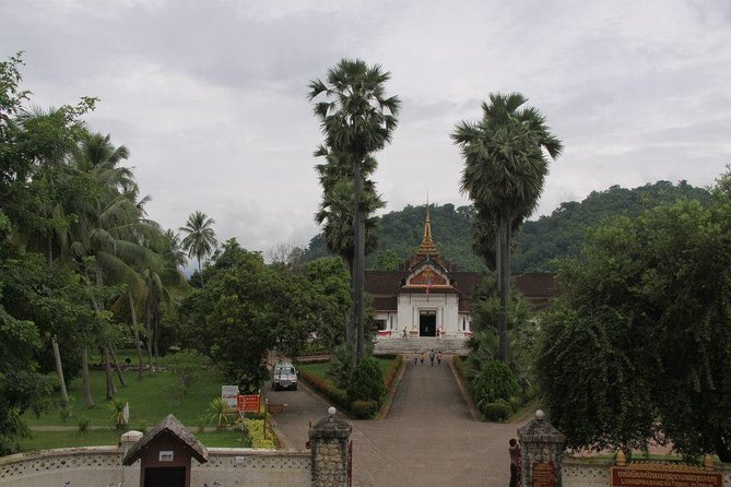Day trip to Living Land Farm in Luang Prabang including Lunch