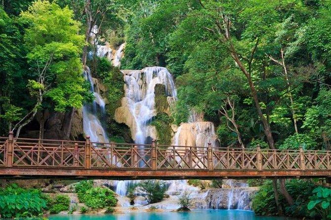 Cascadas de medio día en Kuang Si
